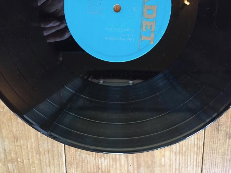 洗ってきれいになったレコード