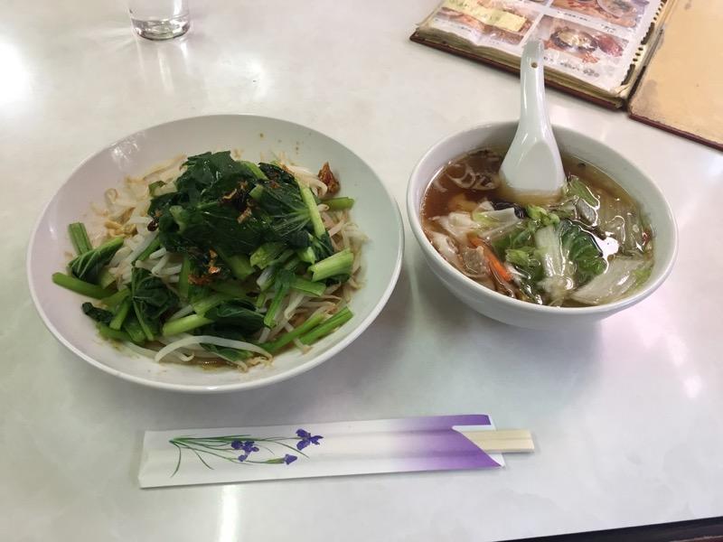 麻醤麺とワンタンスープのランチ